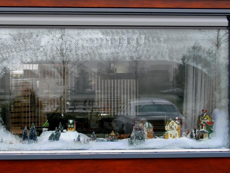 голландское новогоднее окно